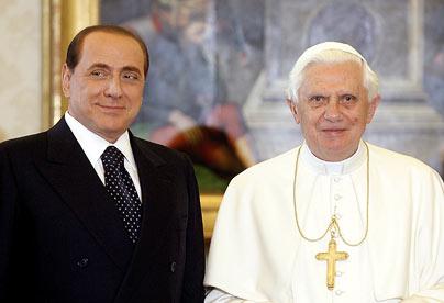 berlusconi-pope_681513c.jpg