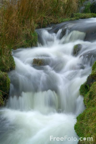 15_21_51---Waterfall--Isle-of-Skye--Scotland_web.jpg